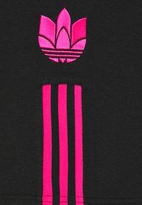 adidas Originals - UNISEX - Shorts - black/shopnk - 2
