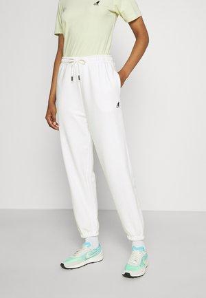 FLORIDA BOXY FIT PANTS - Spodnie treningowe - white
