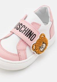 MOSCHINO - Trainers - light pink/white - 5