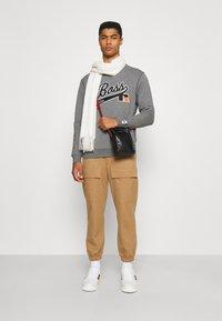 BOSS - BOSS X RUSSELL ATHLETIC STEDMAN - Sweatshirt - medium grey - 1