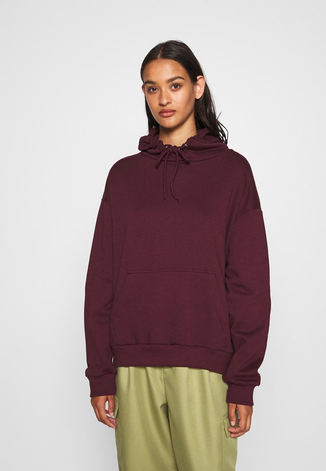 BASIC - Oversized hoodie with pocket - Felpa con cappuccio - bordeaux