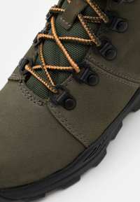 Timberland - BROOKLYN HIKER UNISEX - Lace-up ankle boots - grape leaf - 5