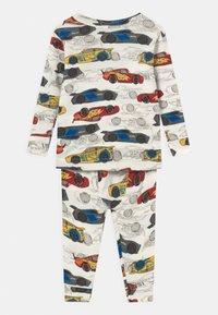 GAP - DISNEY CARS TODDLER UNISEX - Pyjama set - dream milk - 1