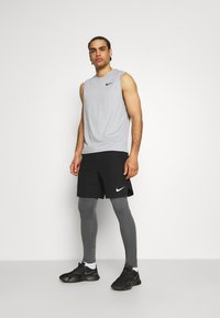 Nike Performance - DRY TANK - Top - particle grey/grey fog/heather/black - 1