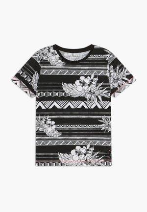 NKMZAMUEL BOX - Print T-shirt - black