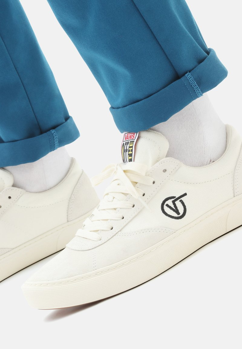 Vans - UA PARADOXXX - Trainers - antique white