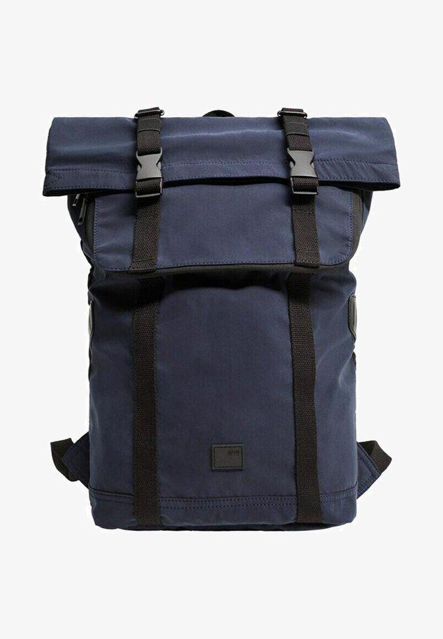 MOUNTAIN - Batoh - dunkles marineblau