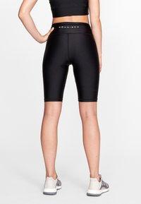 Röhnisch - SHINY BIKE - Shorts - black - 2