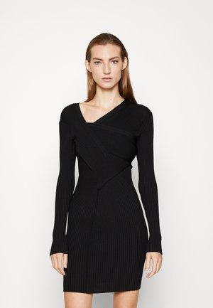 DIONNE - Strikket kjole - noir