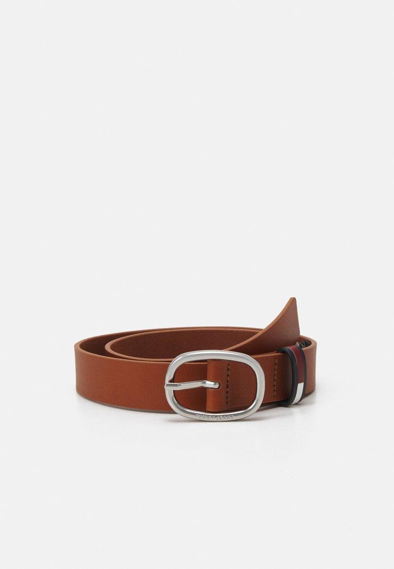 Tommy Jeans - CASUAL OVAL BELT - Belt - brown