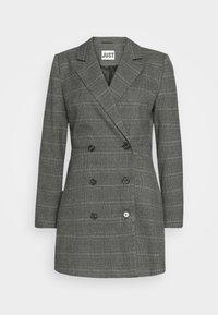 JUST FEMALE - MYRNA - Short coat - grey - 5