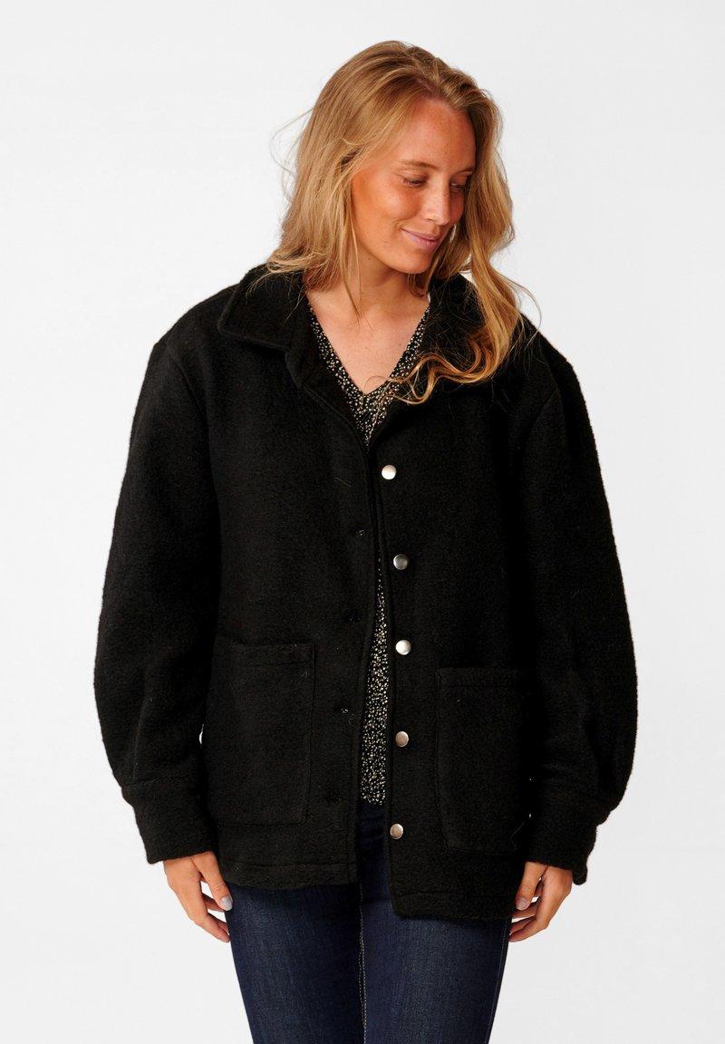 Noella - VIKSA - Short coat - black
