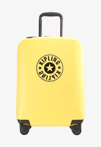CURIOSITY S - Wheeled suitcase - vivid yellow nc