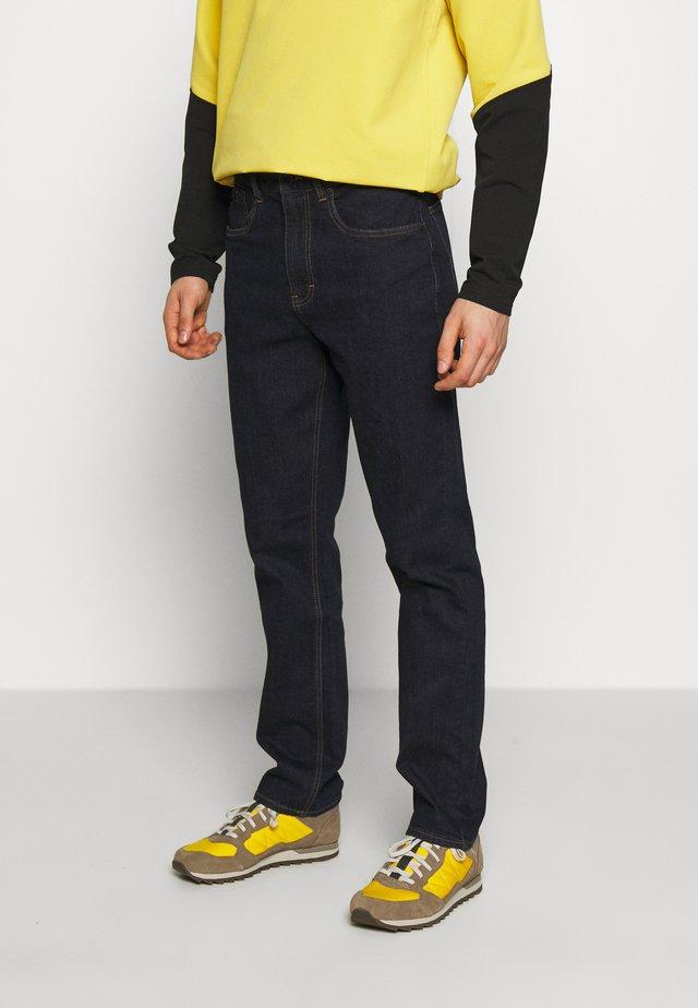 CRAG PANTS - Pantalones - rinse