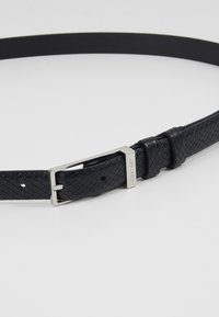 Calvin Klein - WINGED BELT - Pásek - black - 4