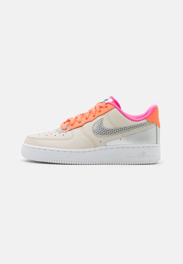 AIR FORCE 1 - Baskets basses - light orewood brown/silver/hyper crimson/metallic silver/pink blast/black