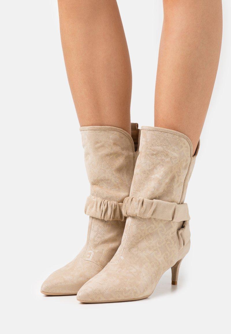 Liu Jo Jeans - KATIA BOOT  - Boots - camel