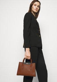 Lauren Ralph Lauren - CROSSHATCH EMERY - Handbag - tan/black - 1