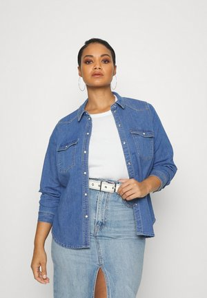 VMLEA SLIM - Button-down blouse - medium blue denim
