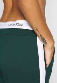 Calvin Klein Underwear - MODERN LOUNGE FULL ZIP HOODIE - Mikina na zip - camp - 4