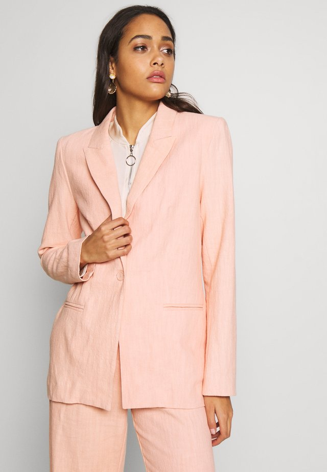 CLUB JACKET - Manteau court - peach