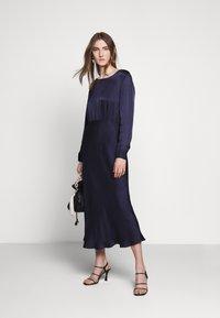 Bruuns Bazaar - SOPHIE AURORA DRESS - Juhlamekko - night sky - 1