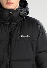 Columbia - PIKE LAKE HOODED JACKET - Winter jacket - black - 4