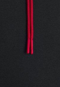 Jordan - JUMPMAN AIR - Sudadera - black/gym red - 7