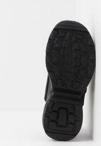 Kappa - RAVE - Chaussures d'entraînement et de fitness - black - 5