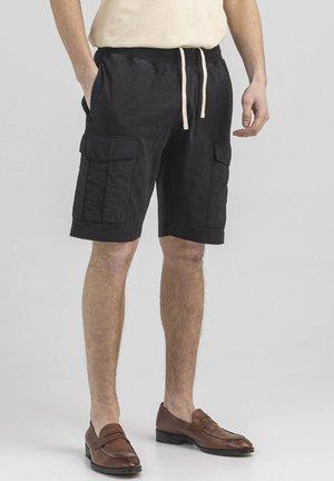 DUCK - Shorts - off black