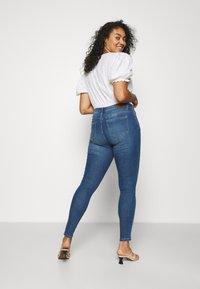 ONLY Carmakoma - CARSALLY LIFE - Jeans Skinny Fit - medium blue denim - 2