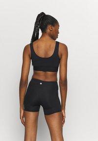 Etam - LAUREEN BRASSIERE - Light support sports bra - noir - 2