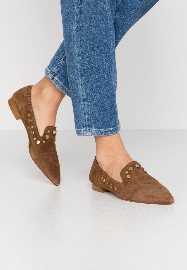 Slippers - terra