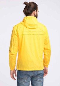 Schmuddelwedda - Impermeable - yellow - 2