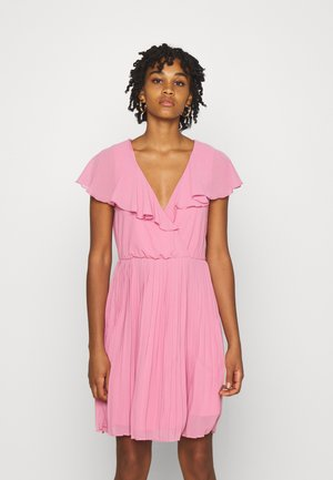 VIKATELYN PLEATED - Cocktail dress / Party dress - wild rose