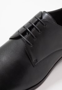 Pier One - Smart lace-ups - black - 5