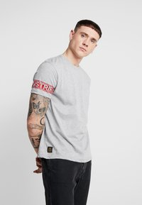 Alpha Industries - T-shirt print - grey heather - 0