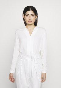 Esprit Collection Petite - Pusero - off white - 0