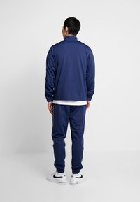 Nike Sportswear - SUIT BASIC - Dres - midnight navy/white - 2