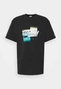 Tommy Jeans - FADED GRAPHIC TEE UNISEX - Print T-shirt - black - 3