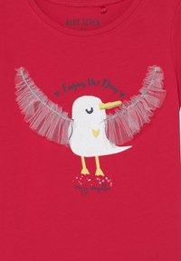 Blue Seven - SMALL GIRLS HAPPY SEAGULL - T-shirt print - hochrot - 2