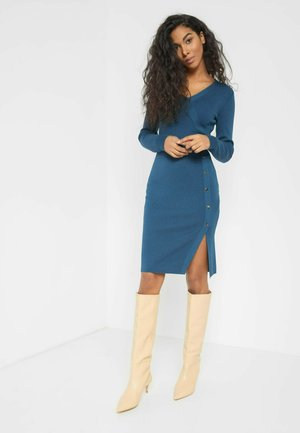 MIT V-AUSSCHNITT - Jumper dress - royal blue