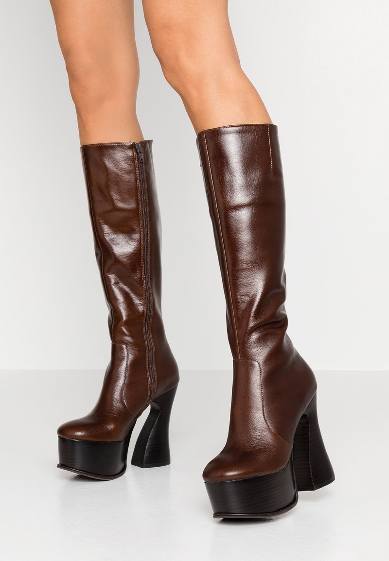 Jeffrey Campbell - COIL - High Heel Stiefel - coffee