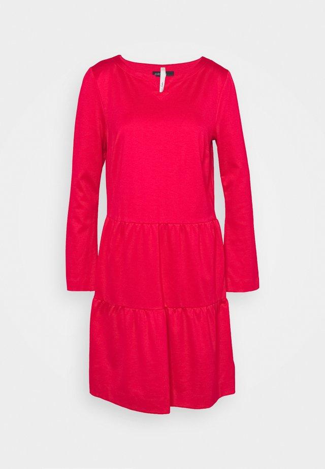 Denní šaty - deep pink