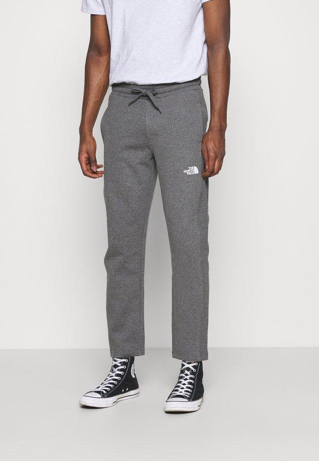 STANDARD PANT - Teplákové kalhoty - medium grey heather