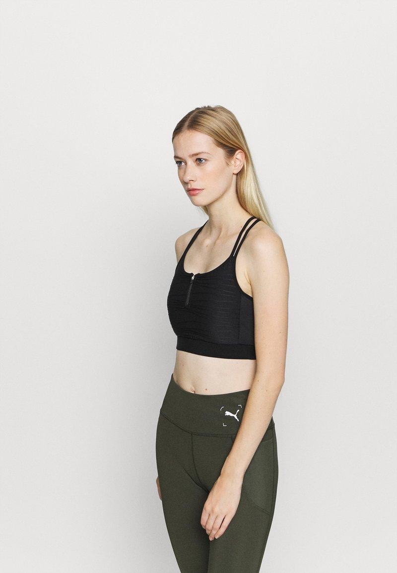 ONLY Play - ONPALANI SPORTS BRA - Medium support sports bra - black/white