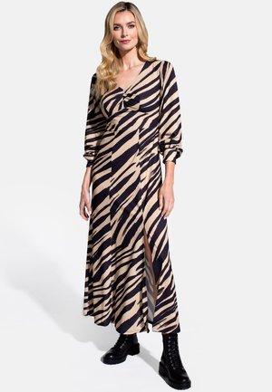 GEMMA - Maxi dress - animal print