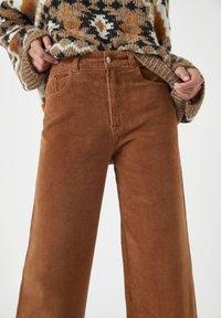 PULL&BEAR - Bukser - mottled brown - 4