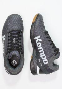 Kempa - ATTACK - Håndboldsko - black/white - 1