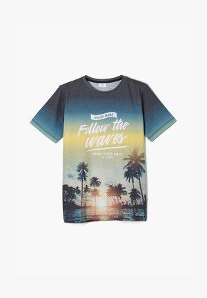 T-shirt print - dark blue placed print